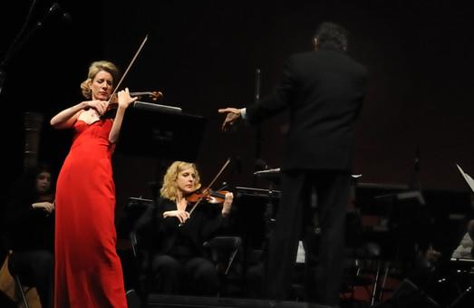Вперше в Україні в Харкові прозвучить легендарна «Червона скрипка» Страдіварі