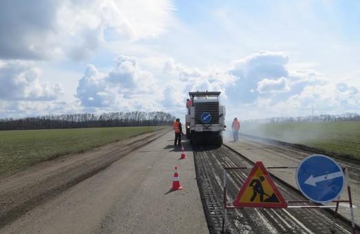 На одній з харківських доріг відфрезерували 1,5 км покриття