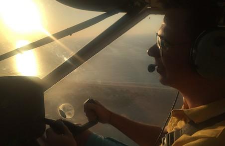 Дмитро Комаров у команді досвідчених пілотів здійснить рекордний політ через всю Україну
