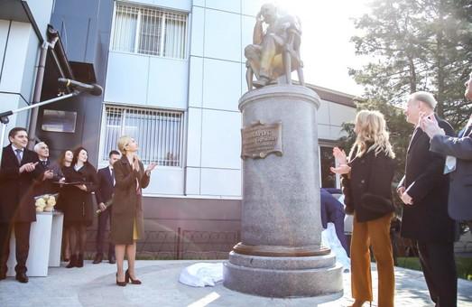 У місті з'явився пам'ятник визнаному харківському вченому