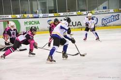 Харківські «Пантери» стали срібними призерками чемпіонату України