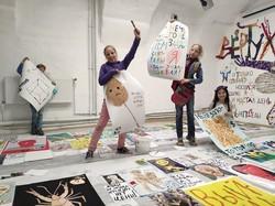 Директор комунального департаменту вибачився за неумисне знищення дитячої виставки у Харкові