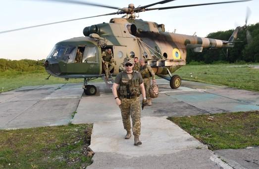 На Донбасі за добу поранено трьох українських військових