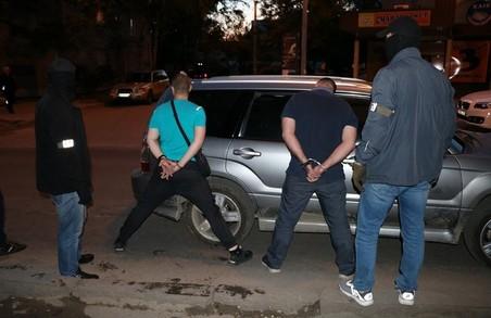 У Харкові СБУ викрила групу поліцейських, які «кришували» наркоторговців (ФОТО, ВІДЕО)