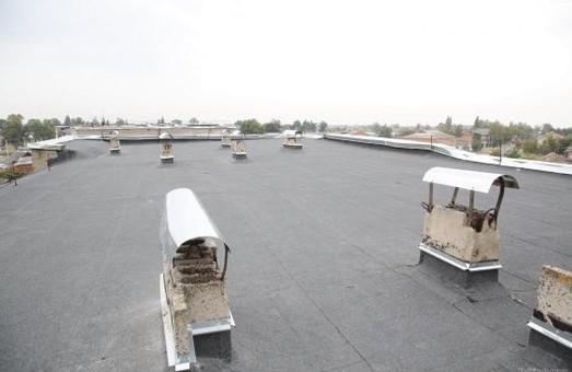 За ініціативою Світличної у районах області ремонтуватимуть покрівлі багатоповерхівок, водогони та тепломережі