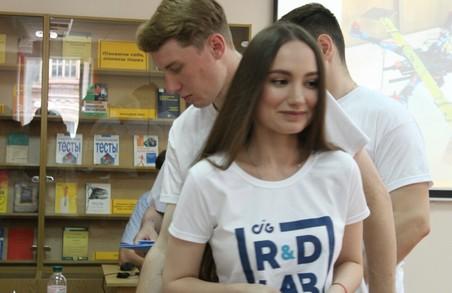 Від квадрокоптера до туристичного додатку: Харківський виш презентував кращі стартапи студентів