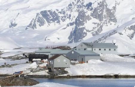 Харків'яни можуть поринути у віртуальну подорож Антарктидою