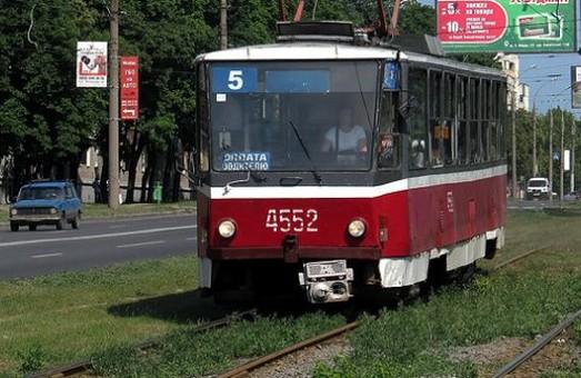 Завтра трамвай №5 тимчасово змінить маршрут руху