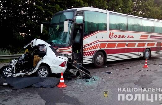На Харківщині сталося смертельне ДТП за участі автобусу