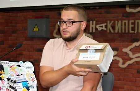 Час сіяти гречку: Як кандидати намагаються завоювати прихильність харків'ян