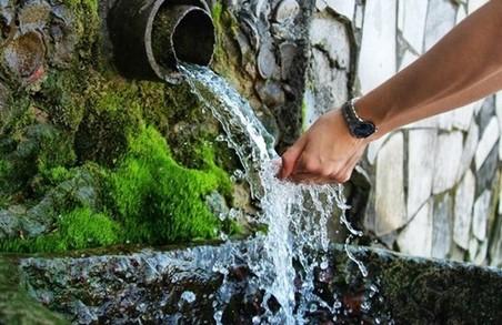 В Харкові не всі джерела питної води відповідають стандартам