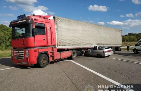 На Харківщині внаслідок ДТП загинуло троє людей (ФОТО)
