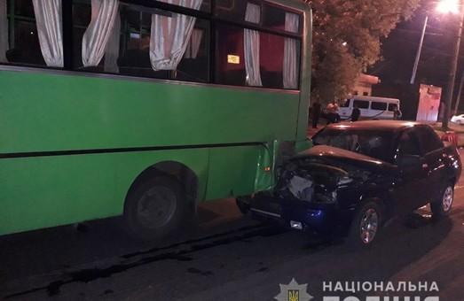 В Харкові внаслідок ДТП постраждали п'ятеро людей