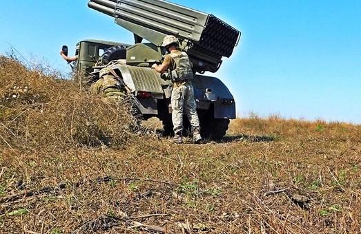 На Донбасі бойовики продовжують порушувати режим припинення вогню