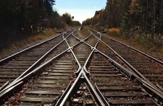 За добу на Харківщині двоє людей потрапили під потяг