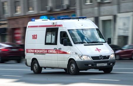Поліція Харкова встановлює обставини падіння жінки з балкону багатоповерхівки
