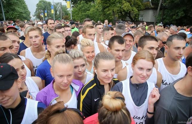 «На спорт завжди вистачає часу, якщо ти хочеш бути здоровим» Світлична взяла участь у марафоні «Визволення»