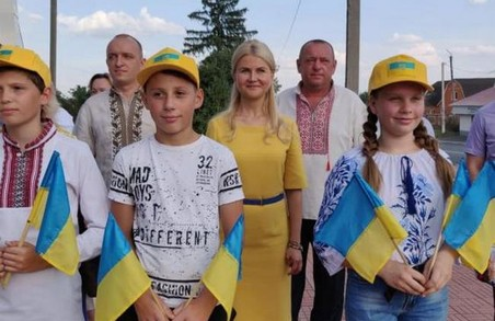 Світлична виконала обіцянку, яку дала вільшанцям під час робочої поїздки до Дергачівського району