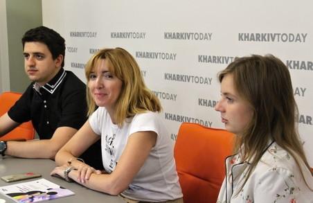 Харків'янам розповіли, чому художник не має залишатися голодним