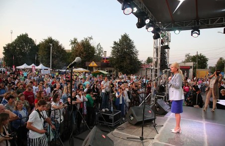 Світлична в межах своєї робочої поїздки відвідала Харківський район