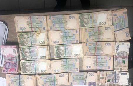 """На Харківщині активно повертає в бюджет гроші """"ліквідована"""" податкова міліція"""