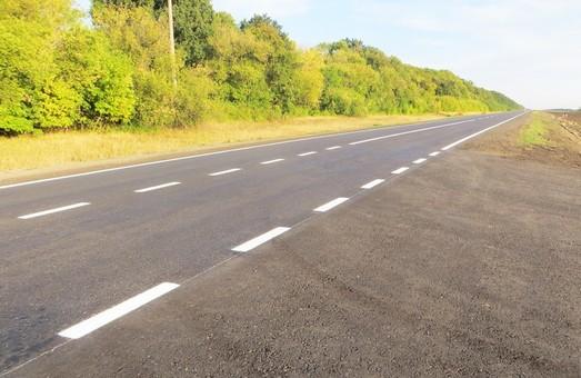 Відновлення траси Мерефа-Лозова-Павлоград: було і стало (ФОТО, ВІДЕО)