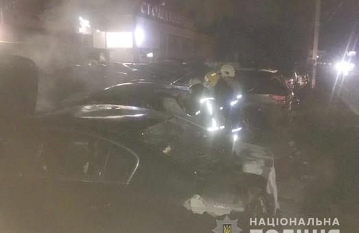 У Харкові вночі підпалили автівку адвоката (ФОТО)