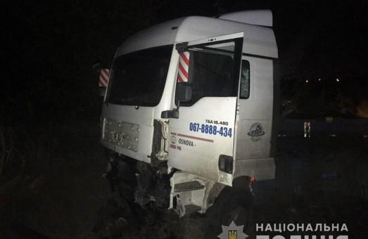 На Харківщині аварія забрала життя двох людей (фото)