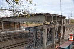 На Окружній під Харковом триває ремонт мосту (ФОТО)