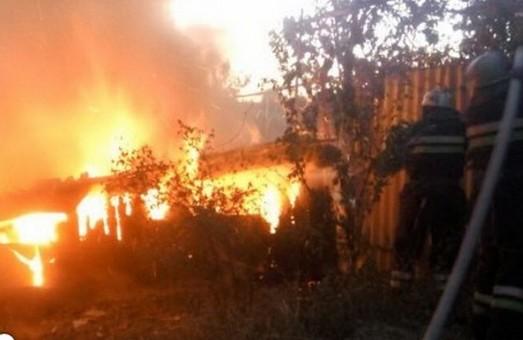 Харків'яни з приватного сектору продовжують спалювати сміття та сухостій