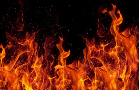В Харкові підпалили магазин