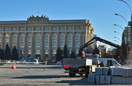 На головній площі Харкова до кінця січня обмежено рух транспорту