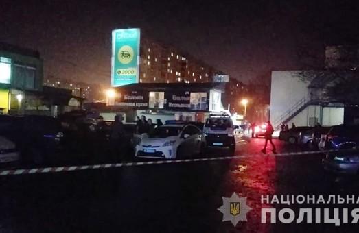 Стрілянина у Харкові: поранено людину, поліція затримала 14 осіб (ФОТО, ВІДЕО)