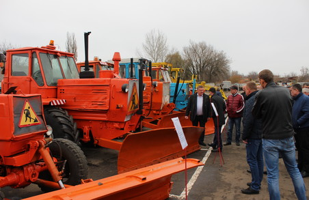 Харківські дорожники звітували про стан готовності до зими