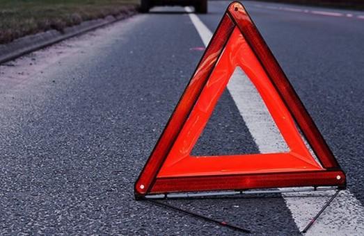 У Харкові під колеса іномарки потрапив чоловік, який переходив дорогу по «зебрі» (ФОТО)