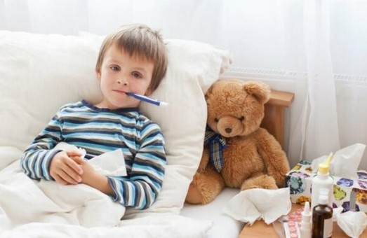 На Харківщині майже сто дітей опинились в лікарнях через грип та ГРВІ