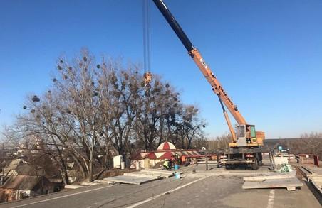 Ремонт пошкодженого моста: Відкрити рух на окружній планується 22 грудня (ФОТО)