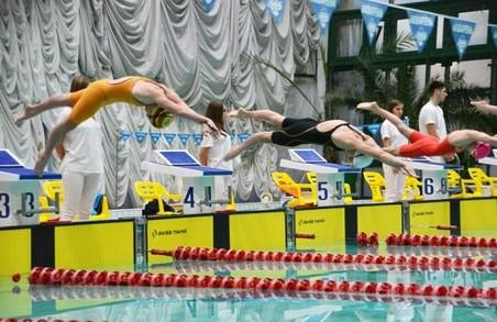 Харківські плавці завоювали 10 нагород чемпіонату України