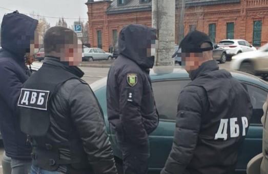 У Харкові на хабарі погорів ще один правоохоронець (ФОТО)