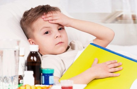 На Харківщині більше ста дітей опинились в лікарнях через грип та ГРВІ