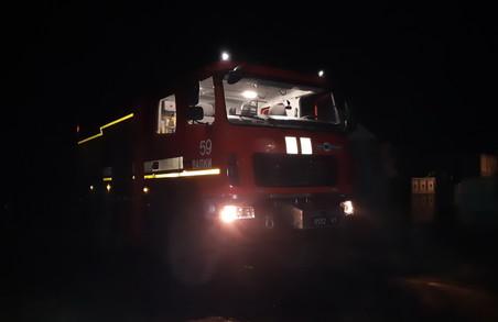 Під Харковом, намагаючись загасити пожежу в автомобілі, постраждали 2 чоловіки