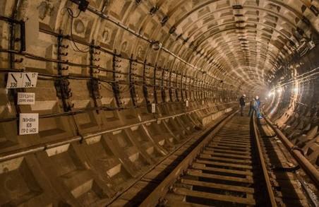 Зеленський підписав ратифікацію угоди з ЄІБ про будівництво метро до Одесської