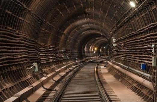 «Харківський метрополітен» переплатить за рейки майже 6 мільйонів у порівнянні з Києвом - ХАЦ