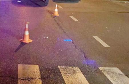 У Харкові людину збили на на пішохідному переході (ВІДЕО)