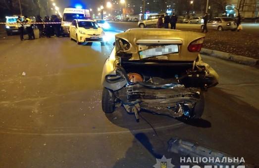 У Харкові п'яний водій іномарки спричинив ДТП та намагався втекти з місця аварії (ФОТО)