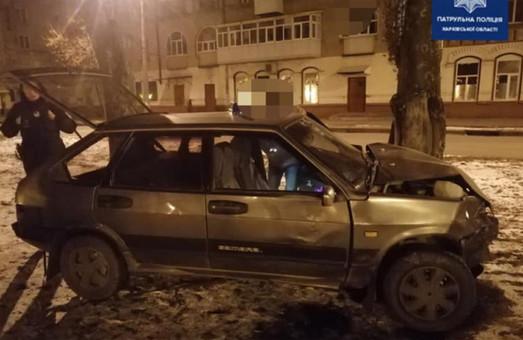 ДТП с постраждалим у Харкові: ВАЗ протаранив двері Daewoo