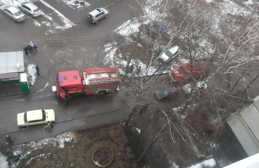 У Харкові вогнеборці загасили пожежу на балконі дев`ятиповерхівки