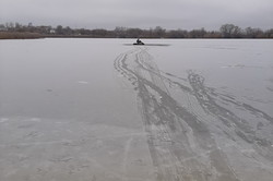 На Харківщині рятувальники вилучили з ополонки потонулого чоловіка (ВІДЕО)