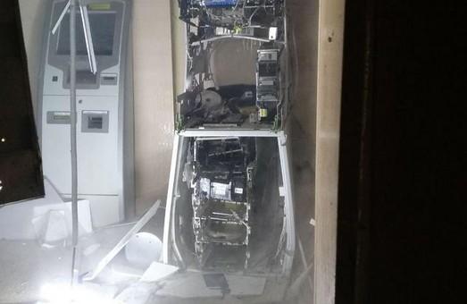 У Харкові вночі підірвали банкомат (ФОТО, ВІДЕО)