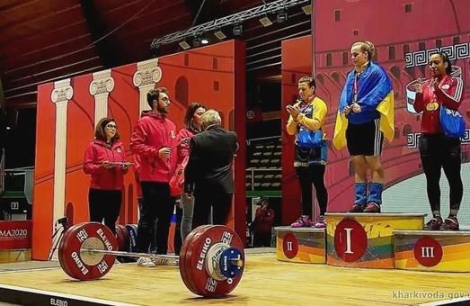 Харківські важкоатлетки привезли з Риму «золото» та «срібло»